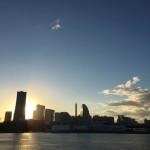 横浜のおすすめ夕焼けスポット、横浜港大桟橋国際客船ターミナルの屋上公園!